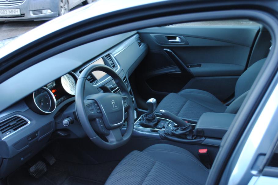 sõiduauto Peugeot 508 rent
