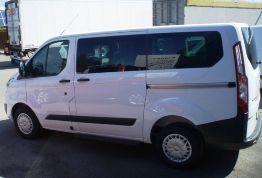 Bussi rent Ford
