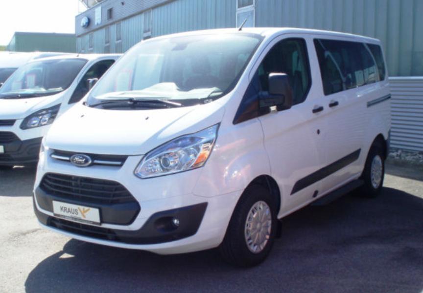 Väikebuss Ford Torneo