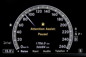 attention-assistant-mercedes