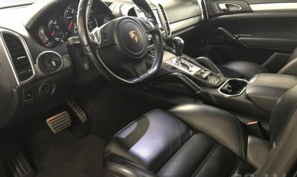 Porsche cayenne rent