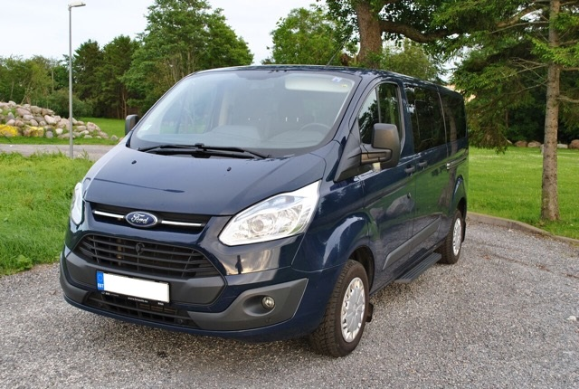 Ford Tourneo rent