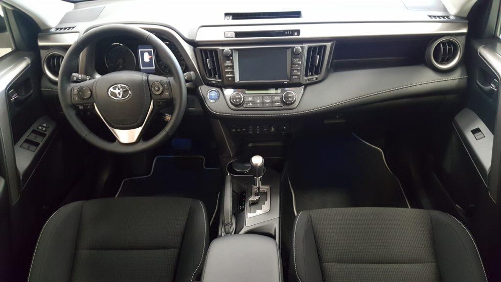 Toyota Rav4 autorent