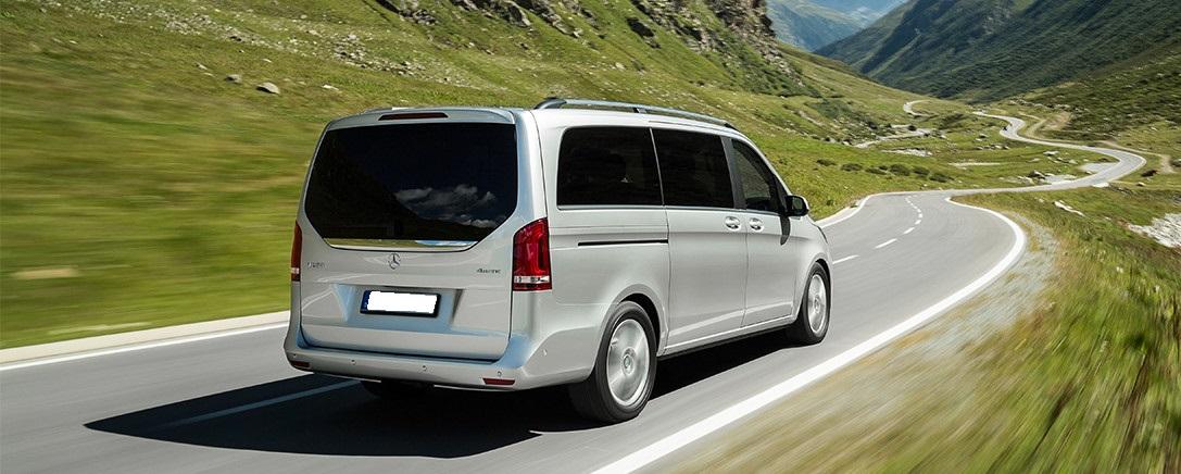 Mercedes-Benz V-Klasse, V 250 BlueTEC mit Allradantrieb 4MATIC ; Mercedes-Benz V-Class, V 250 BlueTEC with 4MATIC all-wheel drive;