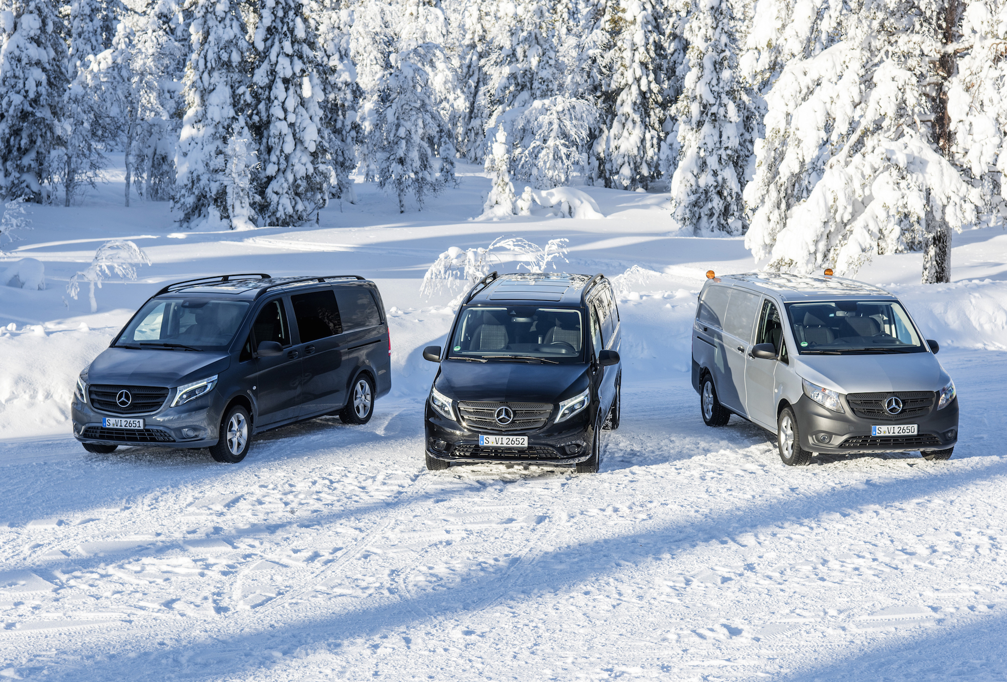 Vito 4x4 driving experience Sweden, Vito 4x4, Mercedes-Benz Vito 119 BlueTEC ,Mixto, flint grey metallic, exterior Mercedes-Benz Vito Tourer PRO 119 BlueTEC, obsidian black metallic, exterior Mercedes-Benz Vito 119 BlueTEC ,Panel Van, brilliant silver metallic exterior